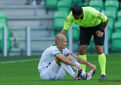 """Arjen Robben beleeft weinig succes aan terugkeer en komt dit jaar niet meer in actie: """"Het loopt niet zoals ik het zou willen"""""""