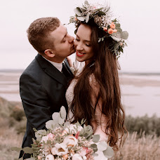 Wedding photographer Marat Akhmadeev (Ahmadeev). Photo of 06.01.2016
