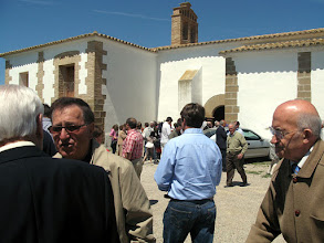 Photo: 2009 - Misa del Domingo en Bureta - © José Antonio Serrate Sierra