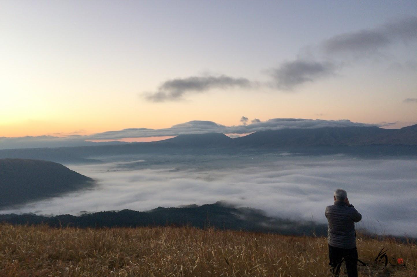 雲海が広がる大観峰