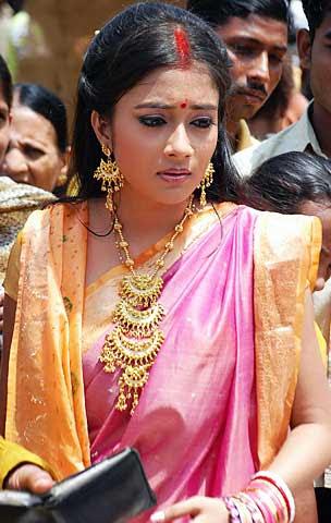 Tina Dutta Uttaran in saree