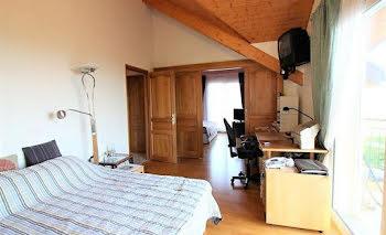 villa à Divonne-les-Bains (01)