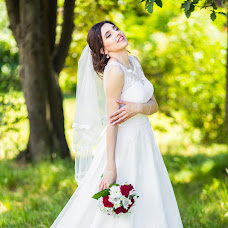 Wedding photographer Maksim Vasilenko (Maximilyan77). Photo of 18.06.2017
