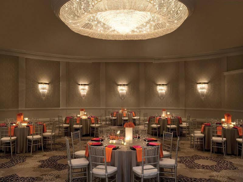 The Riviera Palm Springs a Tribute Portfolio Resort