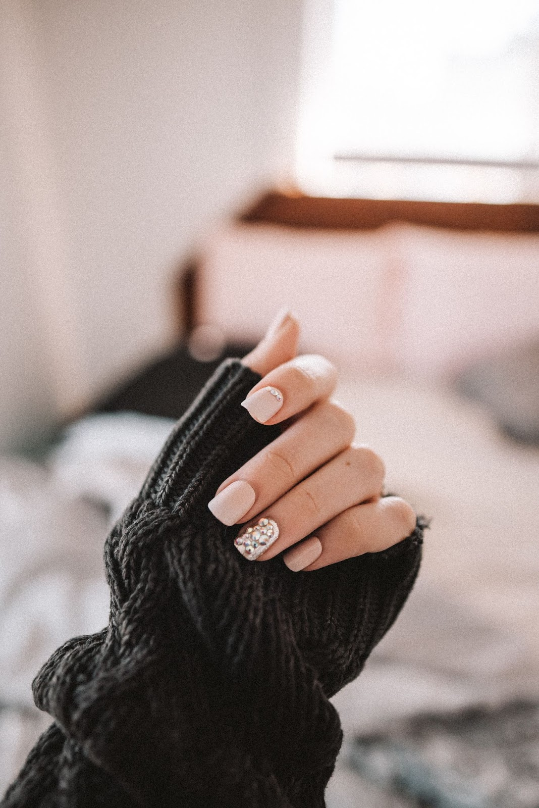 nails with sweater