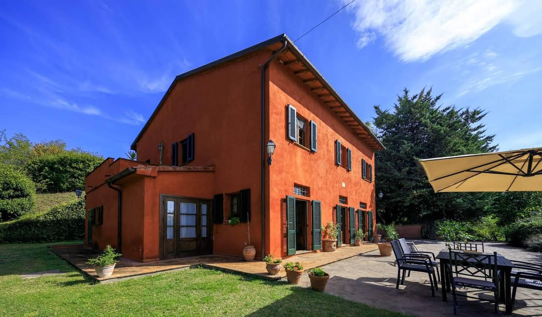 Villa avec jardin et terrasse Aiale