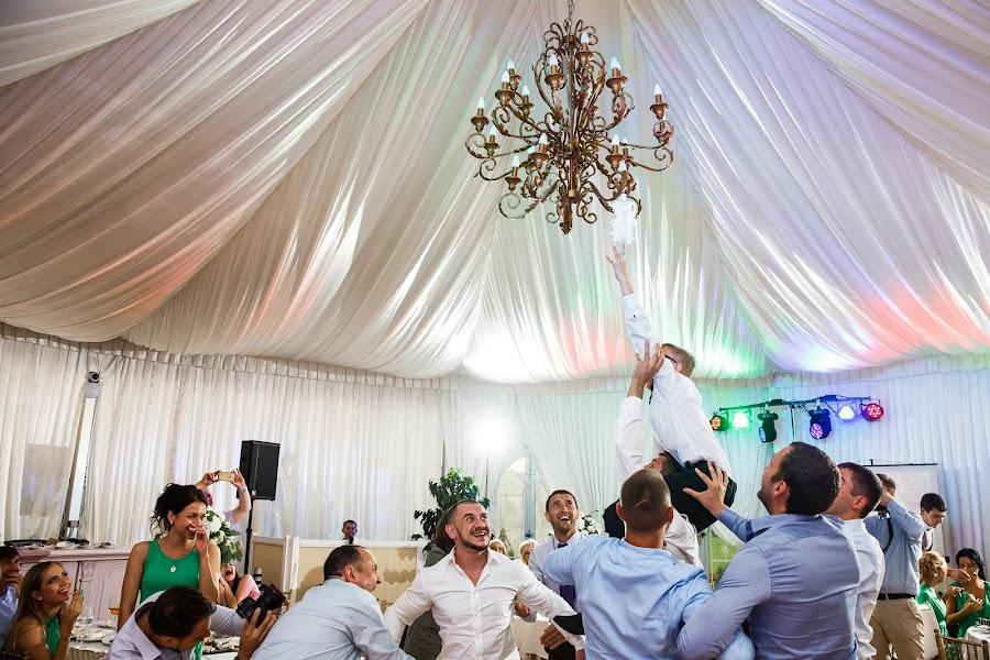 Wedding photographer Dmitriy Markov (eversummerdm). Photo of 02.12.2016