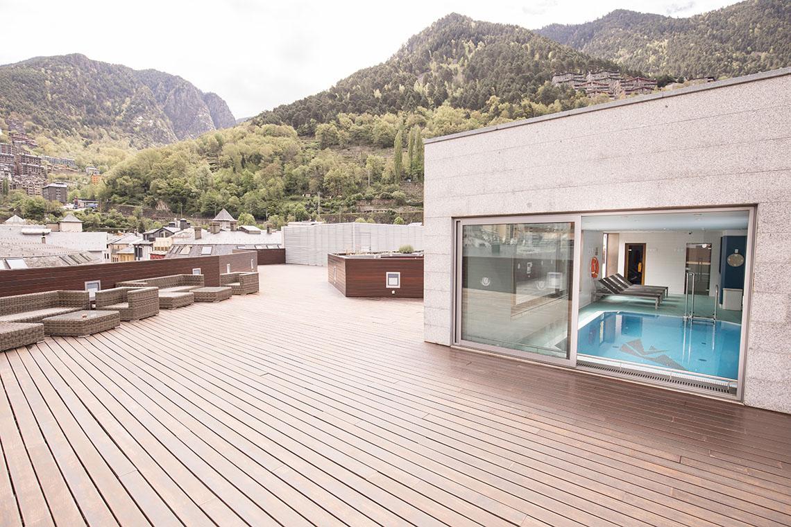 Terraza céntrica con solárium
