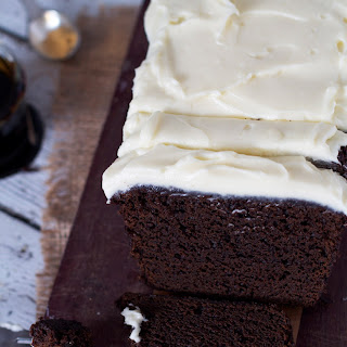 Dark and Sticky Gingerbread Cake