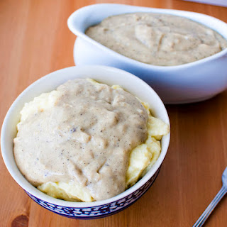 Easy Creamy Peppered Country Gravy Mix