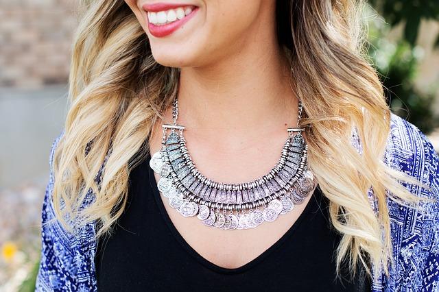necklace-518268_640.jpg