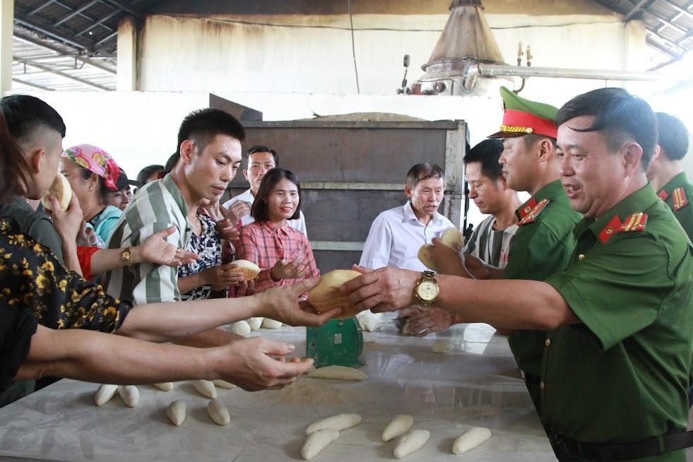 Trải nghiệm thực phẩm made in Trại giam số 3