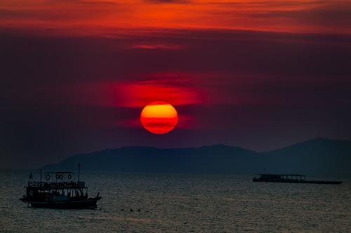 Sunset Thailand. by John Greene - Landscapes Sunsets & Sunrises ( sunset, thailand, scenic, beach, john greene, pattaya, beachroad )