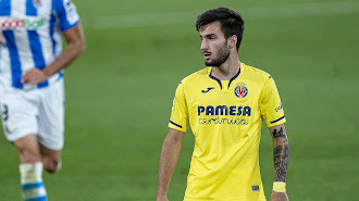 Álex Baena en su debut con el Villarreal en Primera.