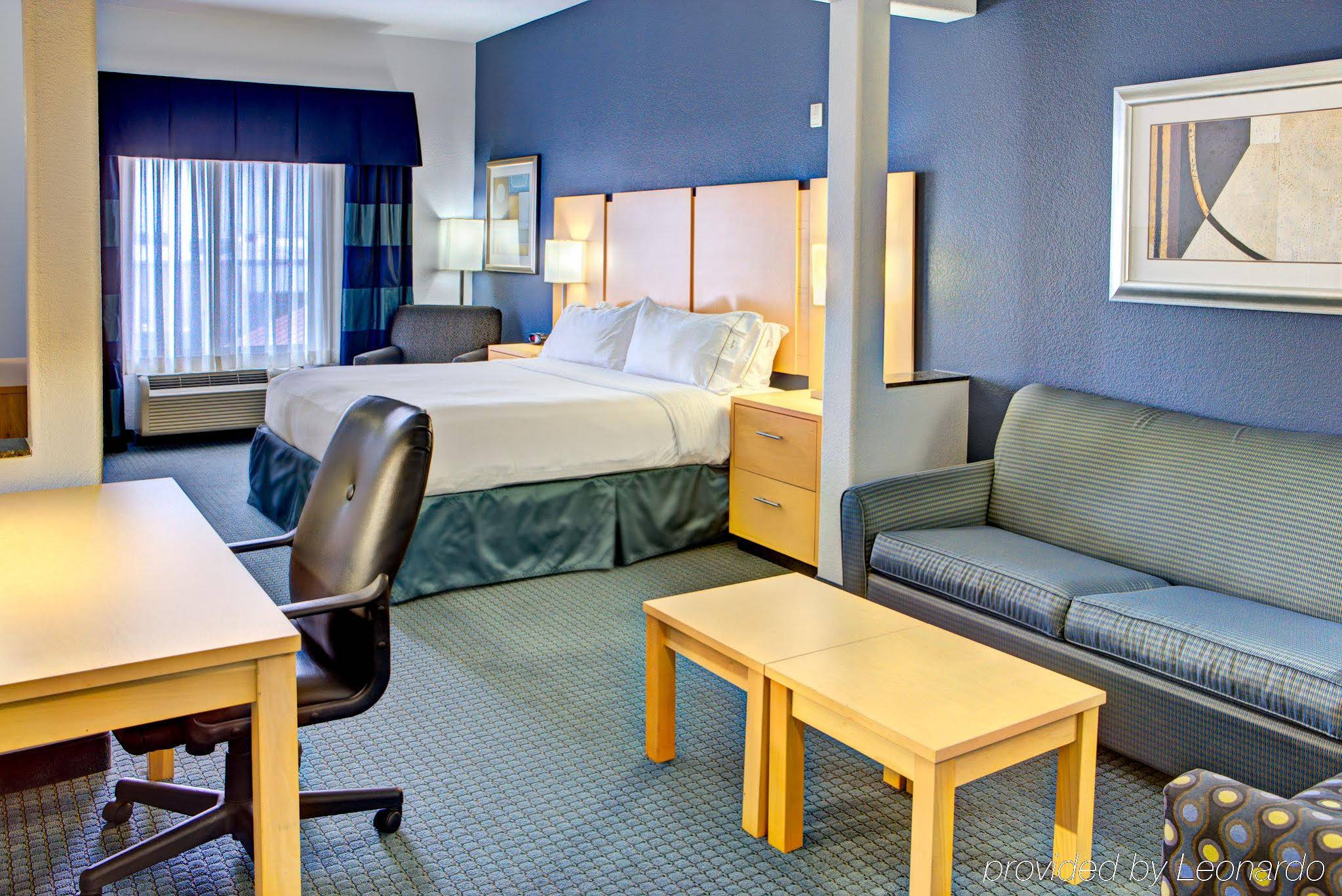 Holiday Inn Express And Suites Hutto