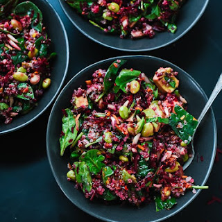 Colorful Beet Salad with Carrot, Quinoa & Spinach.