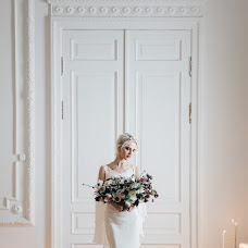 Wedding photographer Olga Davydova (Olcha). Photo of 12.02.2018