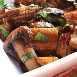 Stir-Fried Mushrooms with Baby Corn.
