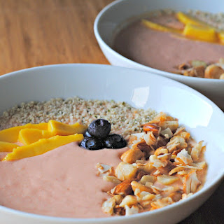 Smoothie Bowl w/ Nuts and Fruit