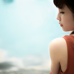 waiting...! by Chuyên Blue - People Portraits of Women