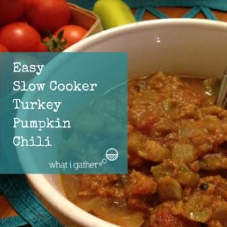 Easy Slow Cooker Pumpkin Turkey Chili.