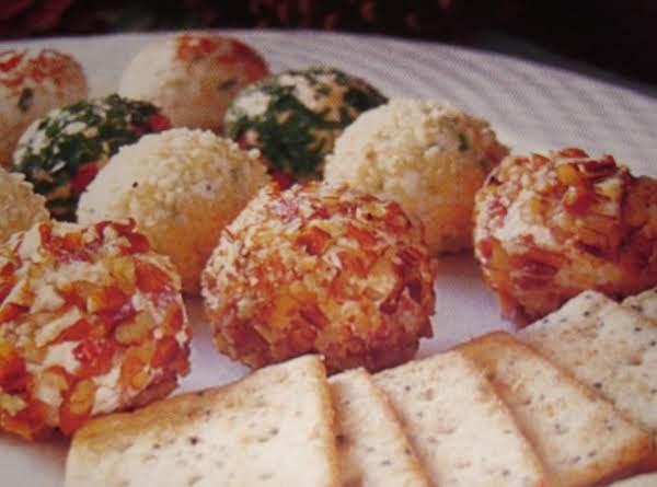 Savory Holiday Cheese Truffles Recipe