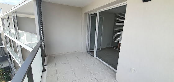 Location studio 26,27 m2