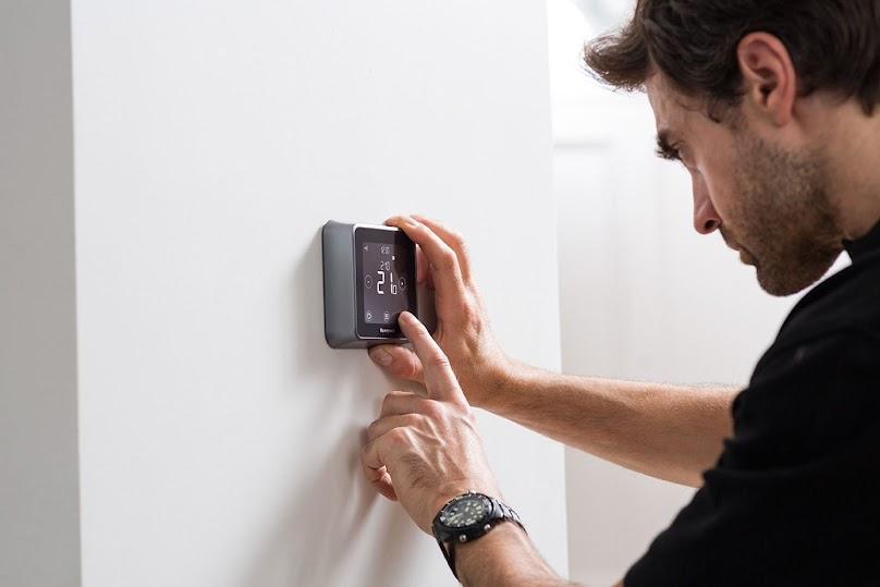 Programowanie inteligentnego termostatu