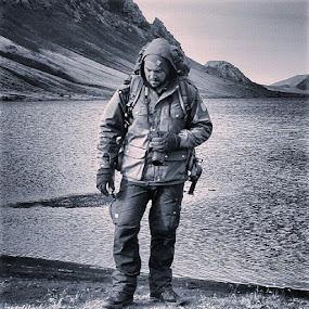 #ig_europe #ig_great_pics #ig_exquisite #ig_select #ig_landscape #ig_respect #igscglobal #igworldclub #ig_countryside #ig_wildplace #iggloballife #igglobalclub #ig_global_people #hiking #trekking #iceland #blackandwhite #postcardsfromtheworld #World_bestsky #worldshotz #wonderfulplaces #worldunion #naturkompaniet #fjällräven #bns_water #explorer#ig_iceland133 by Walle Grevik - People Portraits of Men (  )