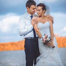 Wedding photographer Oleg Cherkaschenko (king-studio). Photo of 10.05.2014