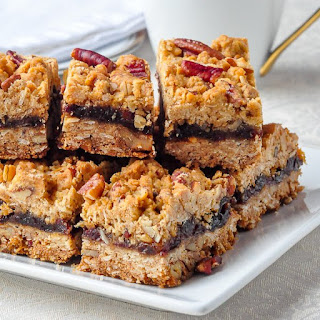 Pecan Oatmeal Raisin Bars