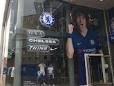 David Luiz prijkt sinds kort aan de fanshop van Chelsea