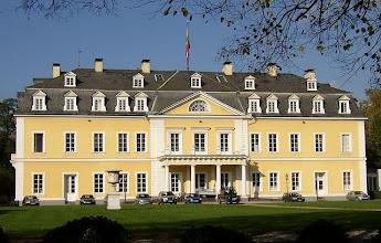 Photo: Residenzschloss der Fürsten zu Wied  |  Urheber: Doris Antony  Wikipedia GNU-Lizenz