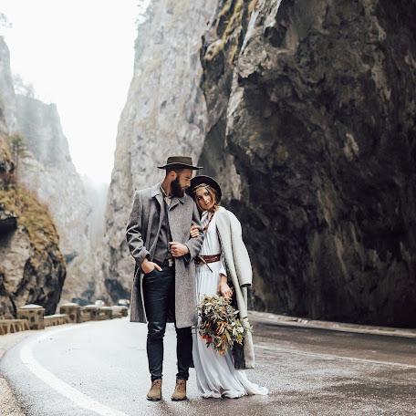 Свадебный фотограф Октавиан Штьопу (octavian331). Фотография от 05.11.2017