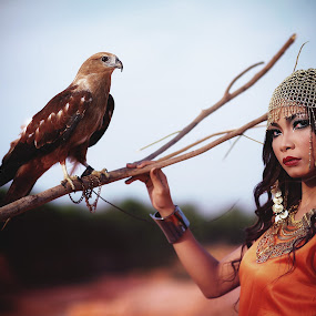 Cleo's Eagle by Karazy Shooke - People Fashion