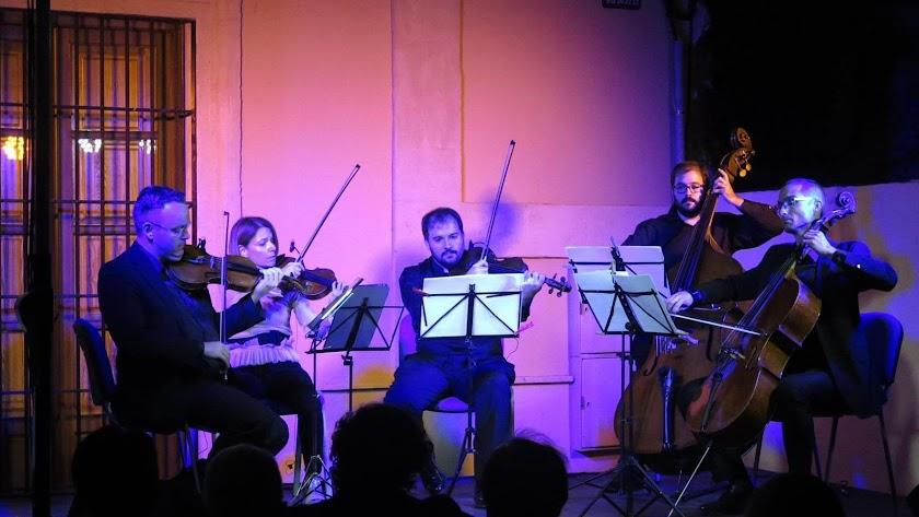 Ensemble Diesis en concierto.