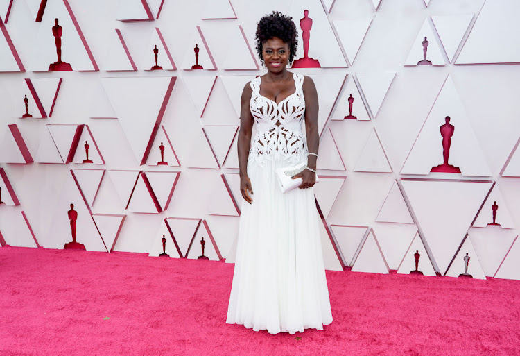 Viola Davis looked dated in a white Alexander McQueen two-piece.