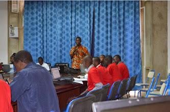 Photo: Présentation de ISOC Burkina Faso par le president Jean Baptiste Millogo
