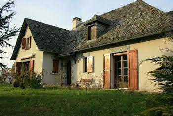 maison à Lacroix-Barrez (12)