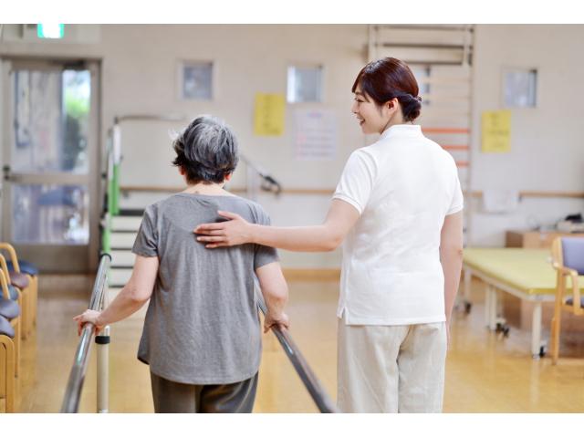 医療福祉の転職サイト「コメディカルドットコム」が、病院・福祉施設を支援するため、看護師・介護士の採用手数料を無料に