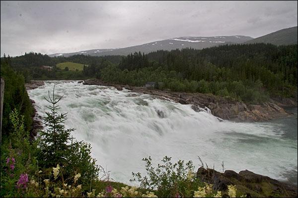 Сёмужий водопад