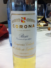 Photo: Corona is a sweet late harvest white wine made in La Rioja for over 100 years.
