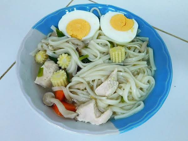 Chicken & Rice Noodle Soup
