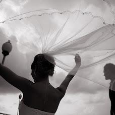 Wedding photographer Yuriy Dubov (YuriyA). Photo of 14.12.2012