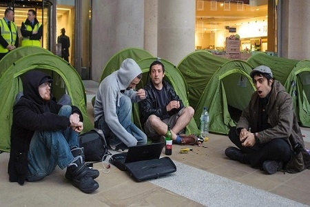 Photo: 2.	Arrests over Occupy London Stock Exchange camp