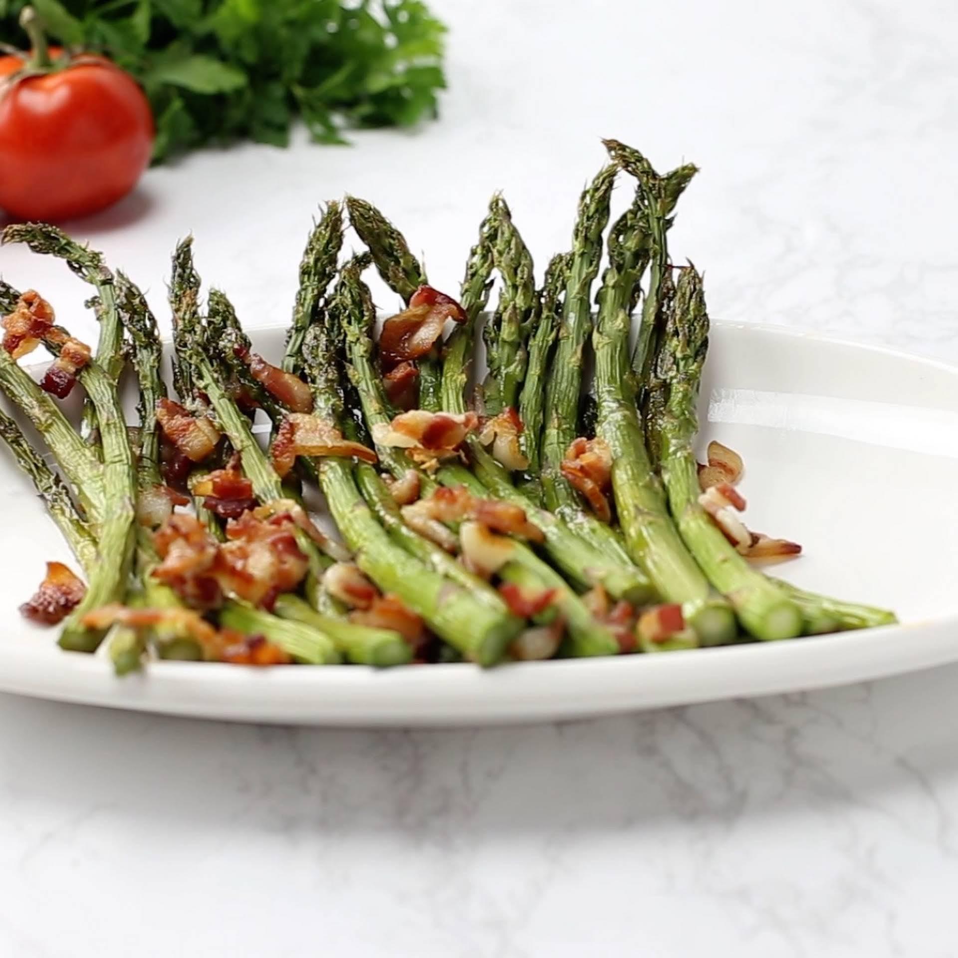 Easy Keto Bacon-Garlic Asparagus