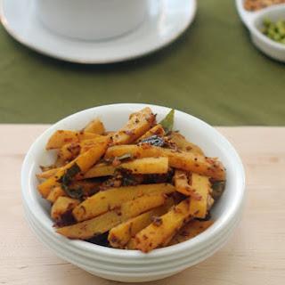 Spicy Garlicky Potato Fry