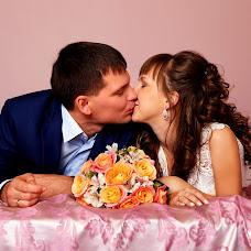 Wedding photographer Irina Vorfolomeeva (IrinkaCanon). Photo of 21.12.2015
