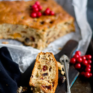 Basic Christmas Fruit Cake.