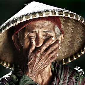 Silent...... by R'zlley TheShoots - People Portraits of Women ( senior citizen )
